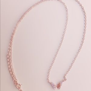 Jewelry - Gold rose necklace - SILVER